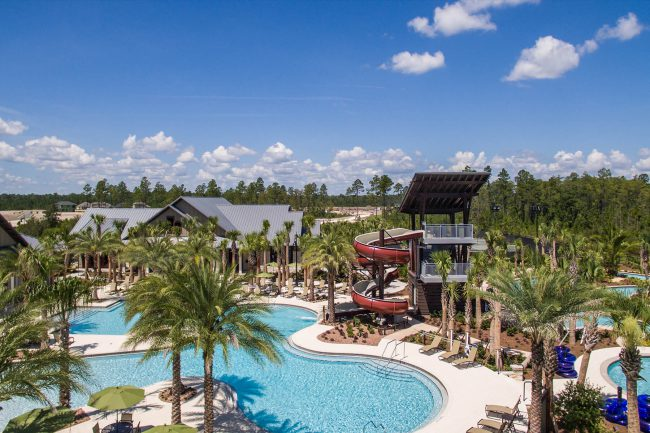 Resort-style Lagoon Pool